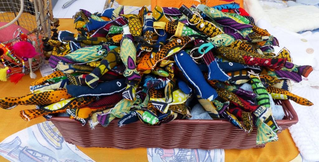Sardines en tissu du marché d'Arbollé