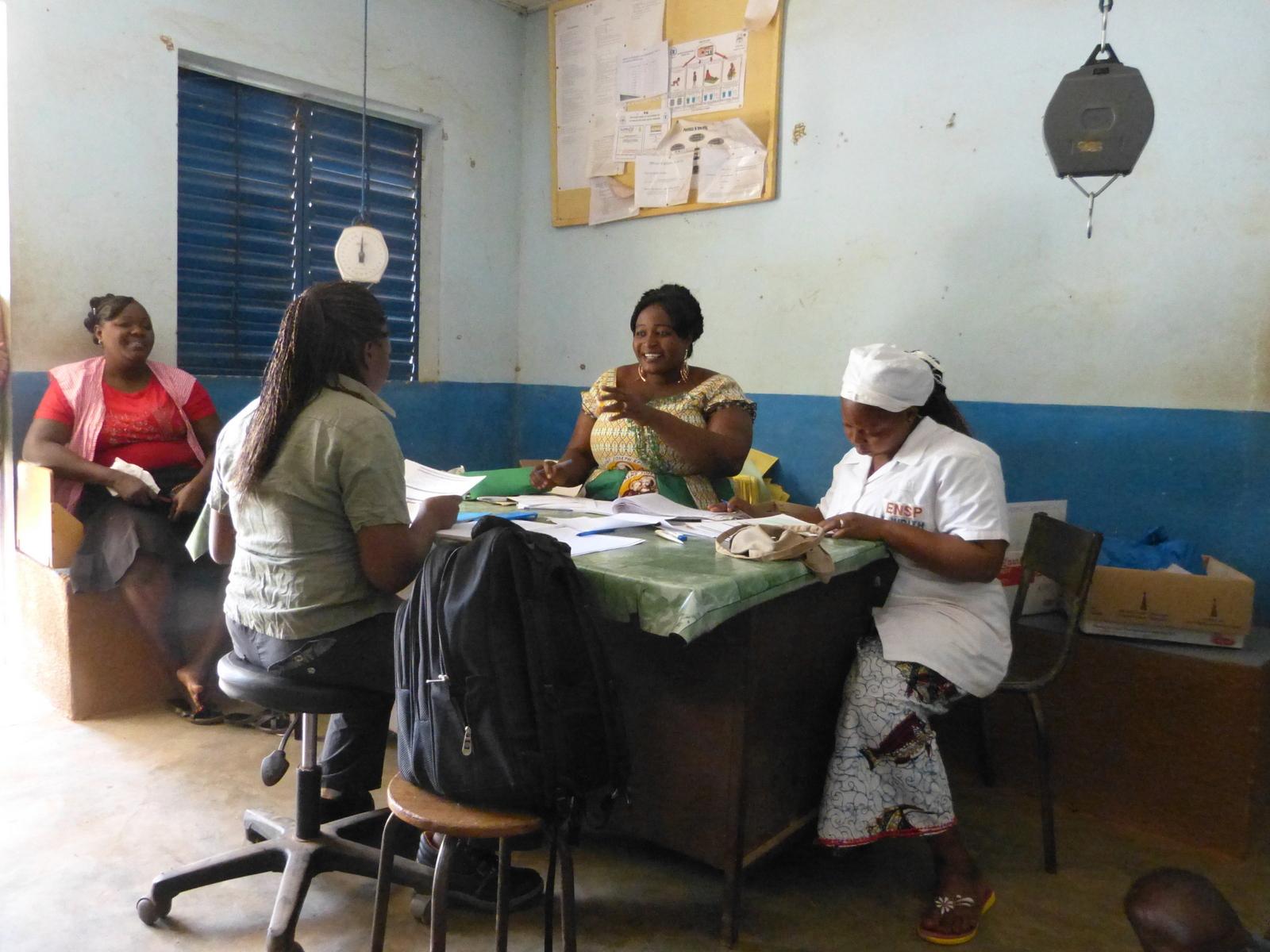 Arbollé -Sages-femmes de la maternité