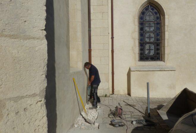 Eglise Ars - Travaux de drainage - Démolition - 17 septembre 2018
