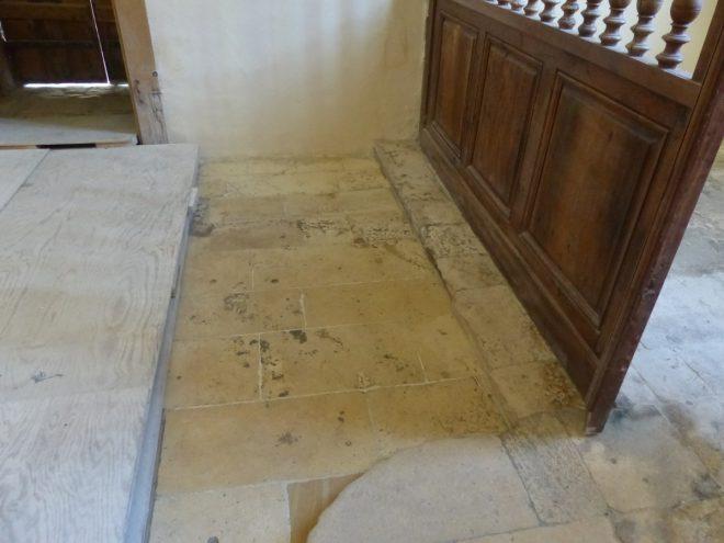 Eglise Ars - Sols intérieur décapé - 17 septembre 2018