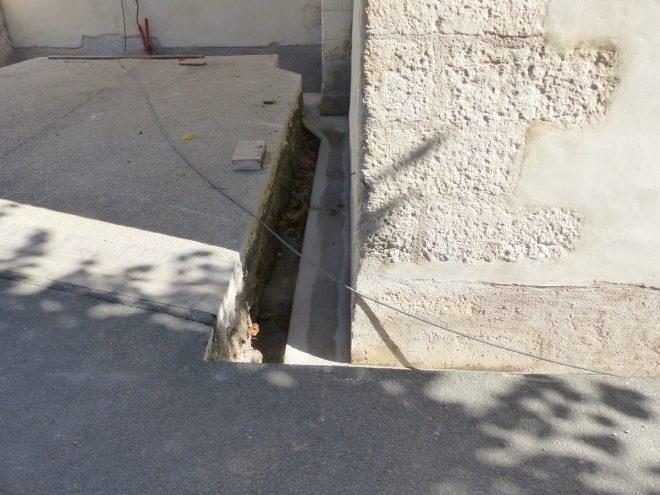 Eglise Ars - Travaux de drainage - Tranchées - 25 septembre 2018