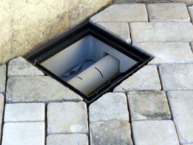 Eglise Ars - Travaux de drainage - Regard - 4 octobre 2018