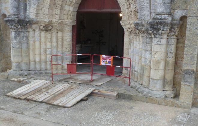 Eglise Ars-en-Ré - Portail entrée - 7 novembre 2018