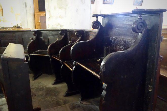 Ars - Stalles noires église - 30 juillet 2018