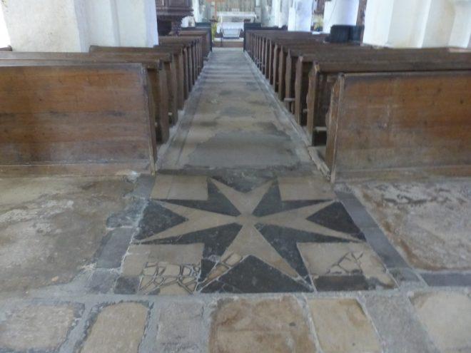 Ars - Travaux église - Nef centrale - Anciens sols - 2 mai 2018