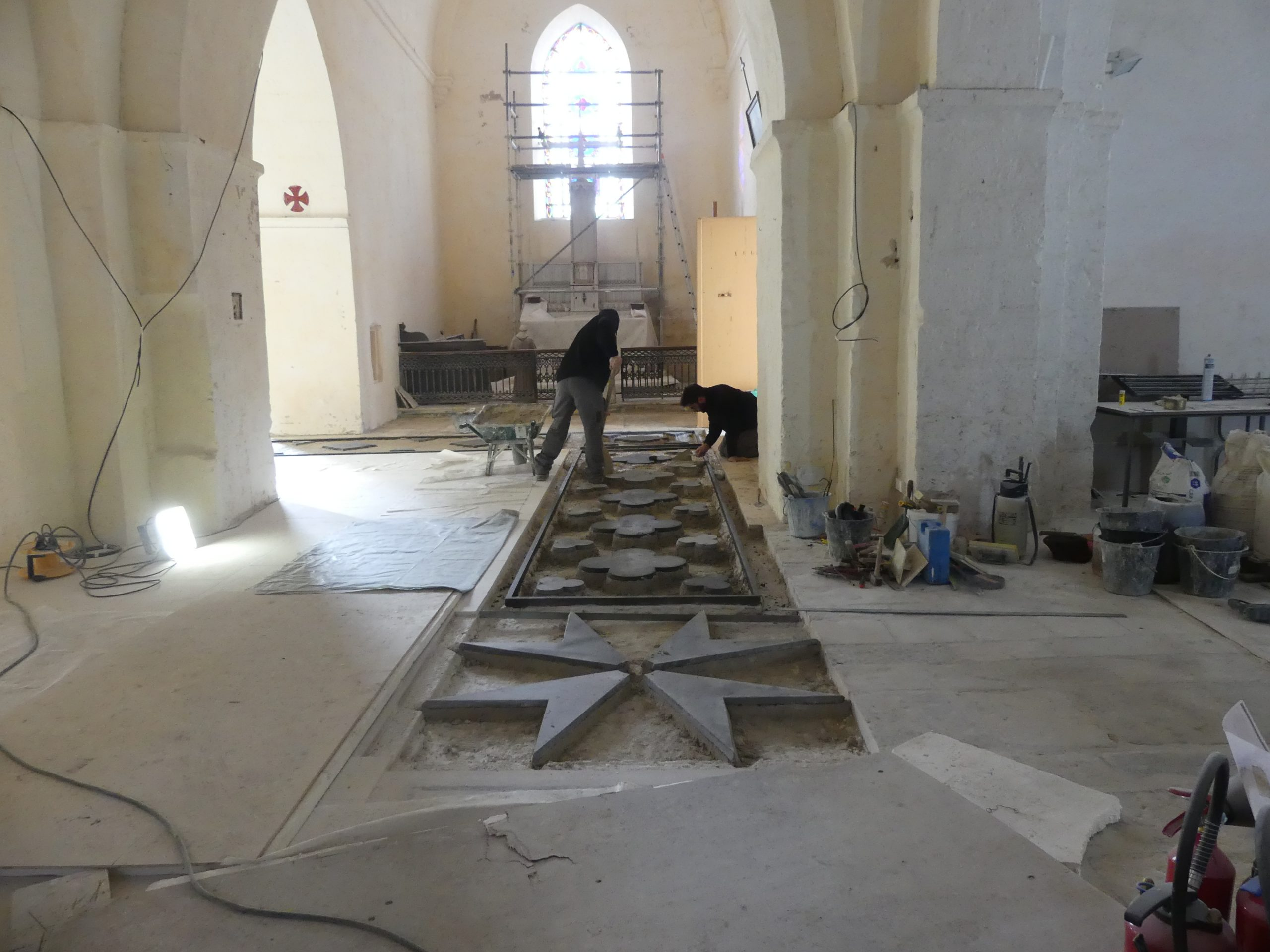 Ars - Eglise - Sol - Croix de Malte - 22 novembre 2019