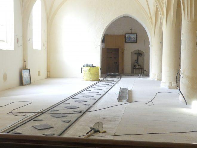 Ars - Eglise - Sol - Tapis chaux - 28 novembre 2019