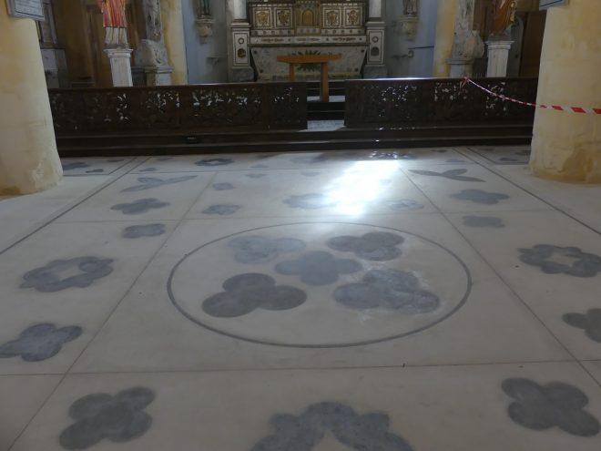 Ars - Eglise - Sol - Tapis chaux - 9 mars 2020