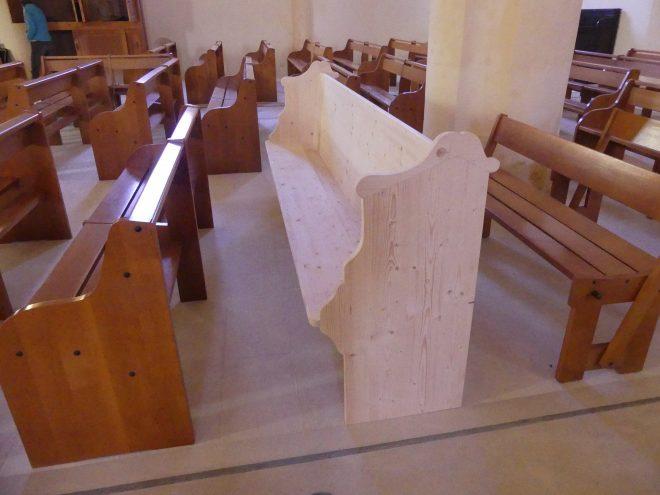 Ars - Eglise - Bancs Palvadeau - 15 mai 2020