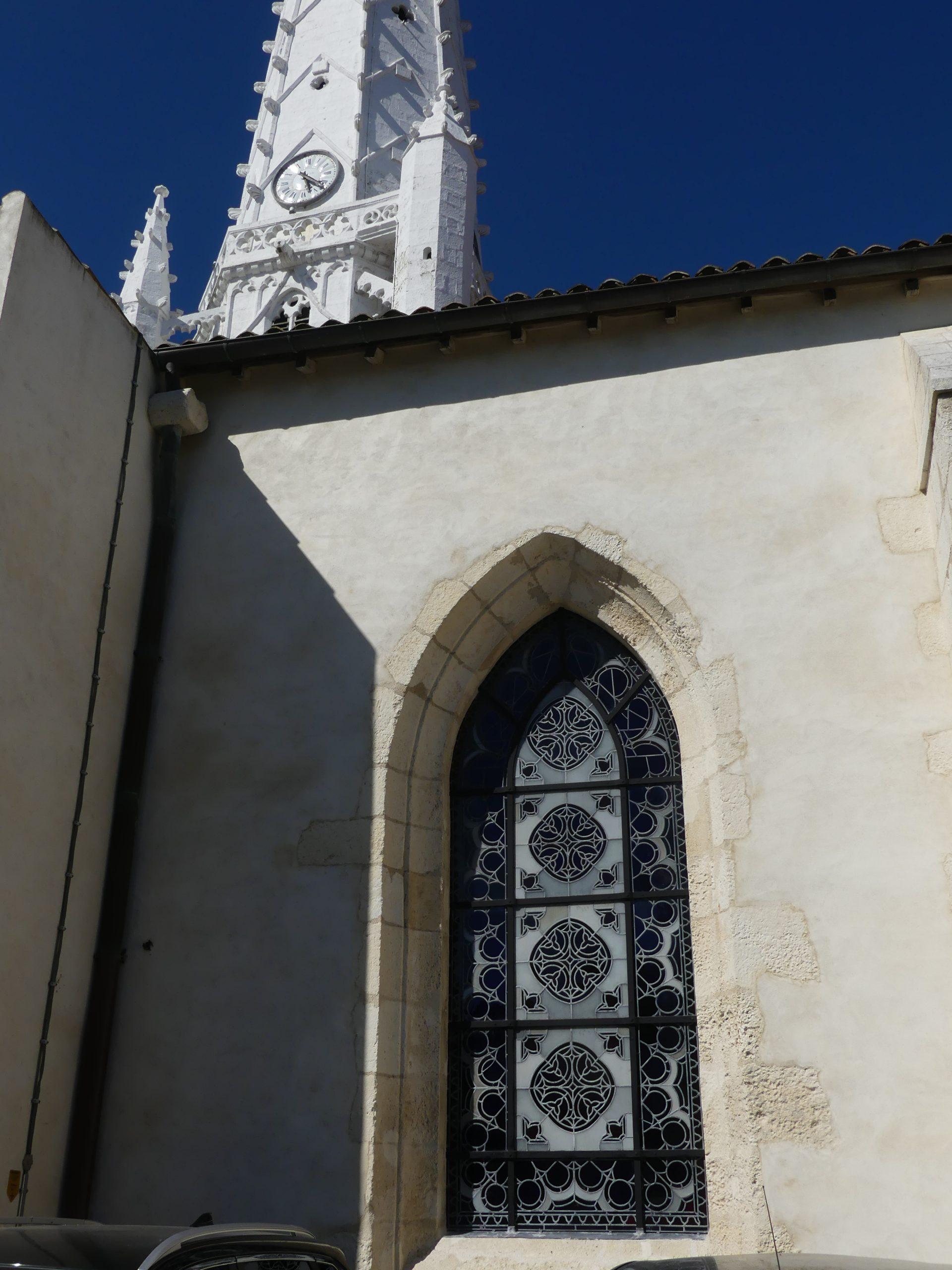 Ars - Eglise - Vitraux - 19 mai 2020