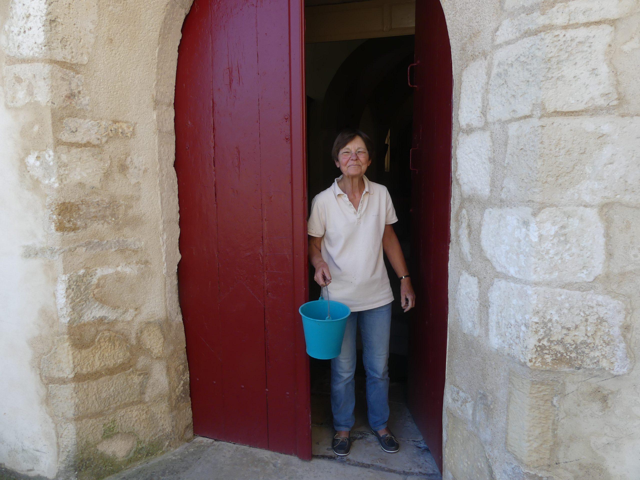 Ars-en-Ré - Eglise - Ménage - 18 juin 2020