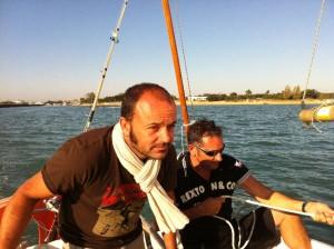 Sébastien Renaud en bateau avec Jérôme Dorin