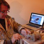 Bernard Frigière sculpte un ours