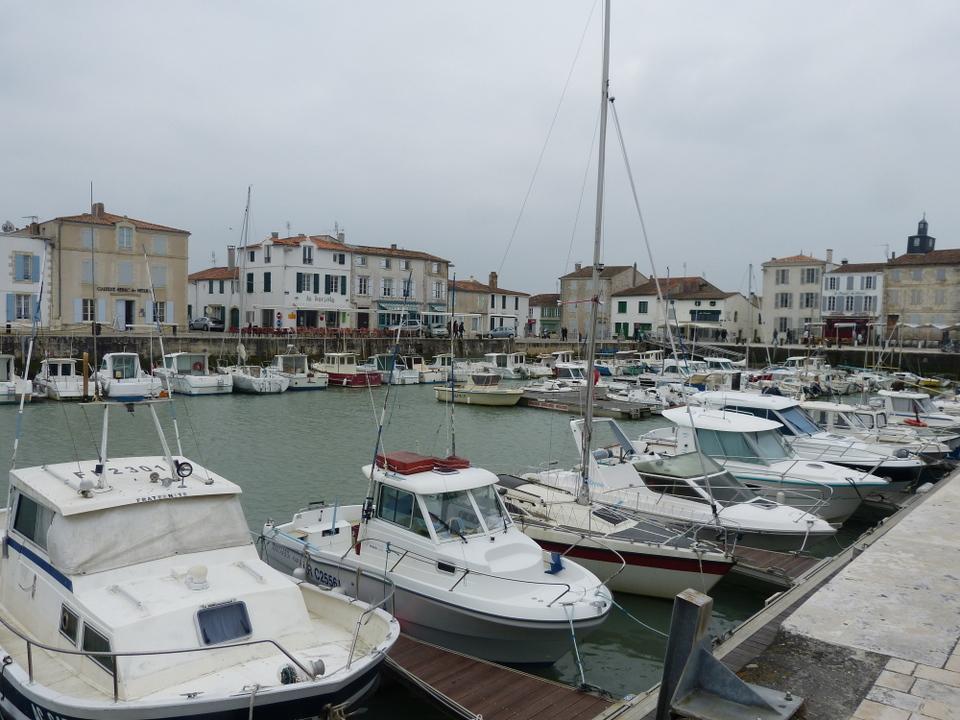 Deux beaux villages de France