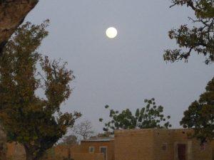 Pleine lune au Burkina Faso - 14 février 2014